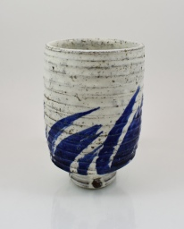 ribbed blue brush yunomi