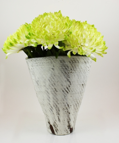 large rope trangle vase